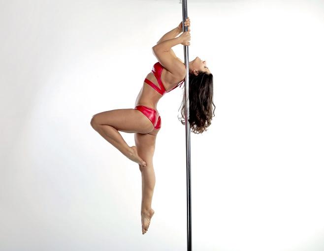 Shouldermount  Pole Dance